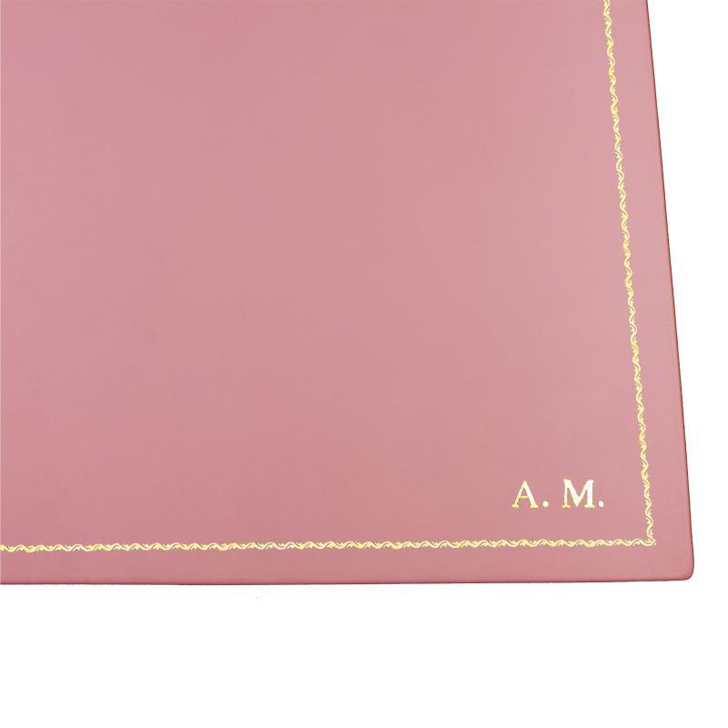 Sottomano doppio pelle Camelia, pelle di vitello rosa - Conti Borbone - personalizzato - decorazione 90 - stampatello