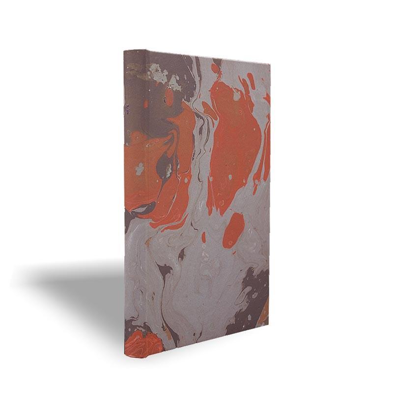Quaderno in carta marmorizzata a mano marrone corallo grigio Marco - Conti Borbone - made in Italy prospettiva