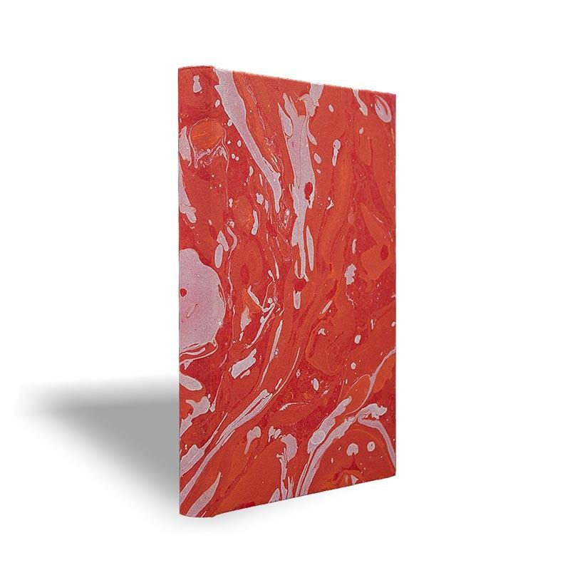Quaderno in carta marmorizzata a mano bianco corallo rosso Amanda - Conti Borbone - made in Italy prospettiva
